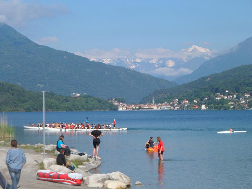 Drachenbootfahrer in lago di mergozzo kanu club konstanz for Lago di mergozzo